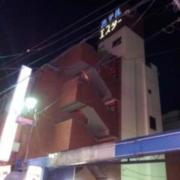 ホテルエスター(全国/ラブホテル)の写真『外観(13時)②』by 少佐