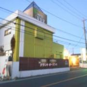 ホテル星星星(キラキラボシ)川越店(全国/ラブホテル)の写真『朝の外観』by すももももんがー