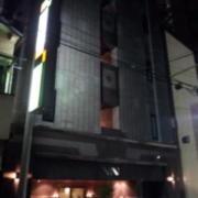 ホテル NN(全国/ラブホテル)の写真『夜の外観①』by 少佐