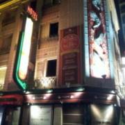 HOTEL Casa Swan(カーサスワン)(全国/ラブホテル)の写真『夜の外観③』by 少佐