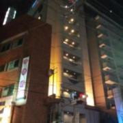 ホテル グランドカーム(全国/ラブホテル)の写真『夜の外観③』by 少佐