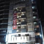 HOTEL WILL Bay Resort(全国/ラブホテル)の写真『昼の外観  船橋競馬場駐車場出口付近より望む概観』by ルーリー9nine