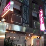 ベルシャトウ 京橋店(全国/ラブホテル)の写真『昼の外観』by サトナカ