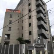 ホテル ケンブリッヂ(全国/ラブホテル)の写真『昼の外観・南東側』by 少佐