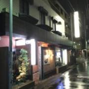 和紗(ワシェ)(全国/ラブホテル)の写真『昼の外観・南東側②』by 少佐