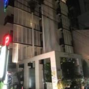 ホテル アフリカ梅田店(全国/ラブホテル)の写真『夕方の外観①』by 少佐