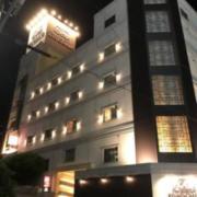 KINGDAM(全国/ラブホテル)の写真『夕方の外観①』by 少佐