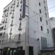ホテル 青戸ヴィラ(全国/ラブホテル)の写真『夕方の外観①』by 少佐