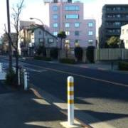 アクアオアシス(全国/ラブホテル)の写真『駐車場入り口』by hireidenton