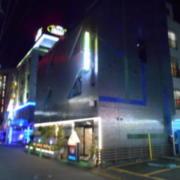 Be-ZONE(立川市/ラブホテル)の写真『夜の外観』by すももももんがー