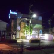 パーク(全国/ラブホテル)の写真『昼の外観(裏道側)』by すももももんがー