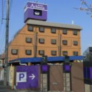 アシーナ(全国/ラブホテル)の写真『昼の外観(南から)』by ホテルレポったー