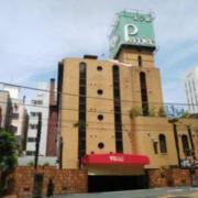 ホテル Perrier(ペリエ)(全国/ラブホテル)の写真『昼の外観  南側建物前景』by ルーリー9nine