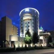 ホテル クリスタルゲート名古屋(全国/ラブホテル)の写真『夜の外観(ホテル関係者の提供)』by OISO(運営スタッフ)