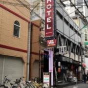 HOTEL AMERICA(全国/ラブホテル)の写真『夜の外観』by あらび