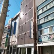 HOTEL STAY YOKOHAMA(全国/ラブホテル)の写真『昼の外観です。』by キジ